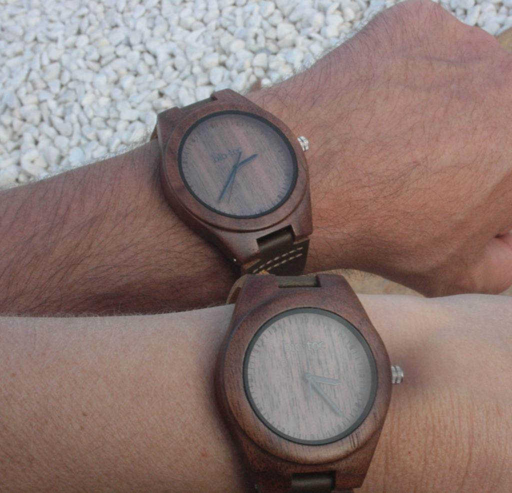 pack reloj de madera indiana mujer - hombre 4