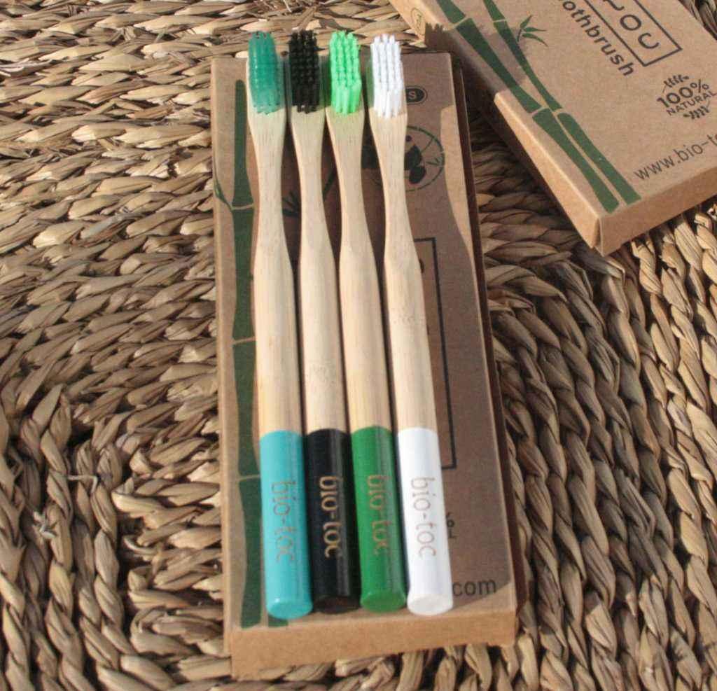 set cepillos dientes bambu m2 1